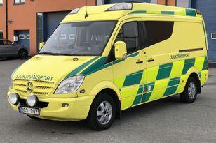 машина скорой помощи MERCEDES-BENZ Sprinter 319