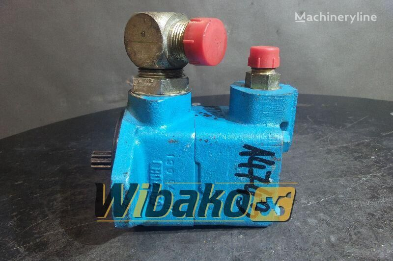 гидронасос Vickers V101S4S11C20 (390099-3) для экскаватора