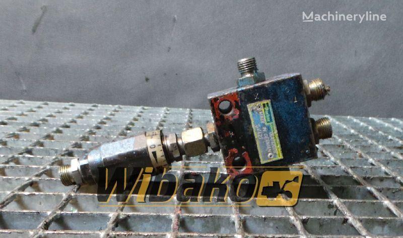 запчасти PARKER SV421 для другой спецтехники FUCHS MHL350